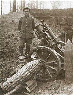 "bmashina: "" German soldiers posing in a 25 cm trench mortar with shells to it. Ww1 History, Military History, World War One, First World, Ww1 Soldiers, Military Modelling, Warfare, Wwii, War Machine"