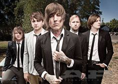 Bring Me The Horizon~ I've been having this obsession with bmth Yes bvb will always be my favorite but I'm kinda liking bmth a lot Oliver Sykes, Bring Me The Horizon, Emo Bands, Music Bands, Good Music, My Music, Matt Nicholls, Matt Kean, List Of Bands