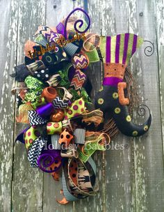 "26"" Boot Wreath #halloween #wreaths #holidaybaubles"