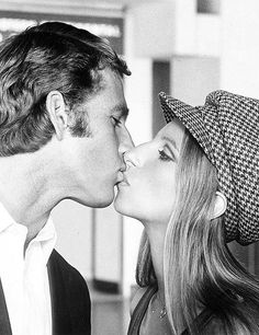 """What's Up Doc?"" (1972) #Ryan O'Neal #Barbra Streisand"