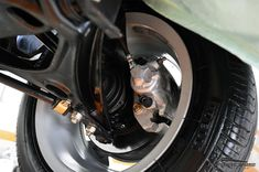 VW Gol GTS 1991 . Pastore Car Collection VW Gol GTS 1991/1991 na cor Azul Indigo! Veículo em raro estado de conservação, direção hidráulica, ar condicionado gelando, vidros elétricos funcionando perfeitamente! Manual e Chave Reserva É carro para colecionador, quem procura um GOL GTS impecável, com tudo funcionando, esse é o carro! Motor 1.8 (1781cm³), Longitudinal e 4 cilindros em linha, potência de 97 cv a 5600rpm; torque de 15,6 kgmf a 2600rpm, carburação de corpo duplo, ...