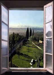"""La bellissima vista dei monti Sibillini dalla famosissima casa di Giacomo Leopardi...."""" colle dell' infinito"""""""