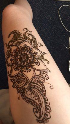 Leg henna for summer