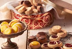 Refer a friend for Bake Me A Wish and earn 200 rewards points.