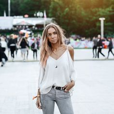 lisa olsson white grey outfit