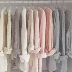 The use of light/pastel colours allows the wardrobe to look brighter and pleasing to the eye. Ropa Color Pastel, Pastel Colors, Colours, Ulzzang, Foto Still, Isak & Even, Gray Aesthetic, Aesthetic Pastel, Look Girl