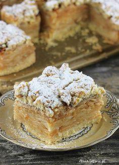 Szarlotka tatrzańska, 4 Dessert Cake Recipes, Delicious Cake Recipes, Cookie Desserts, Sweet Desserts, Yummy Cakes, Sweet Recipes, Yummy Food, Polish Desserts, Polish Recipes
