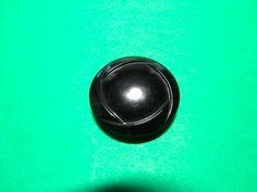 "(1) 1"" COLT #2 BLACK PLASTIC SHANK BUTTON VINTAGE (N890)"