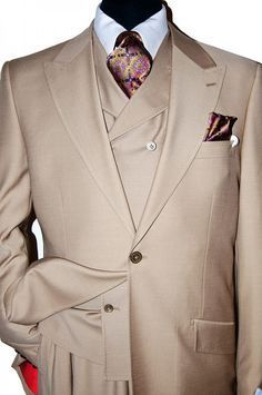 For some, mens winter fashion is king when it comes to coming up with unique styles and combinations. Dress Suits For Men, Suit And Tie, Men Dress, Mens Fashion Suits, Mens Suits, Grey Suits, Fashion Vest, Fashion Boots, Designer Suits For Men