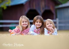 Sister portraits. Barn portraits. Sibling portraits. Outdoor family portraits. http://www.heatherdurhamphotography.com