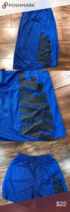 Nike Elite Athletic Shorts Dri-fit blue Athletic Shorts. Size XXL but with drawstring can comfortably fit an XL. Blue with thin black stripes. Great condition! Lightly used Nike Shorts Athletic