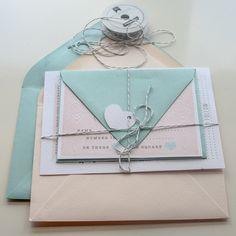 Hochzeit Einladung Beispiel von YellowDoorCreative auf Etsy, $6,00