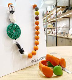 Collana del giorno e bracciali coordinati. 🍊🥭🍉 Tutto di Angela Caputi Giuggiù Via del Giglio 66 | Empoli #design #MadeinItaly…