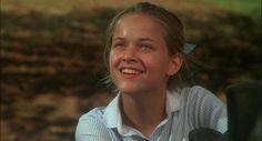 Reese Witherspoon em No Mundo da Lua (1991) Os primeiros papéis de 20 astros e estrelas de Hollywood | Observatório do Cinema