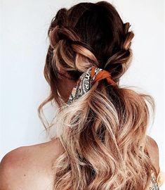 Loving this braided ponytail with a hair scarf! Going to have to try this idea going into the summer!