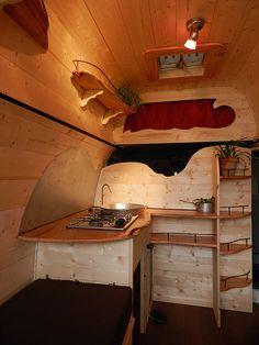 fabrique atypique, aménagement de véhicule, aménageur camping car Plus
