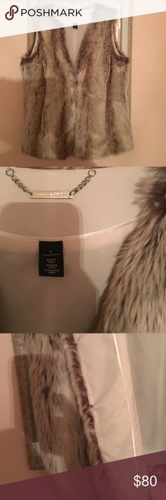 WHBM White House Black Market L fur vest tan Soo soft. New without tag never worn light browns taupe tan faux fur vest. Large White House Black Market Jackets & Coats Vests