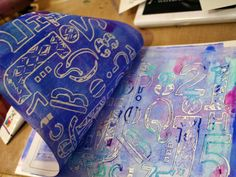 How to make your own monoprinting plate with StencilGirl stencils tutorial. Project by Gwen Lafleur