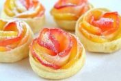 """linella.md - Apple puff pastry dough """"Rosettes"""""""