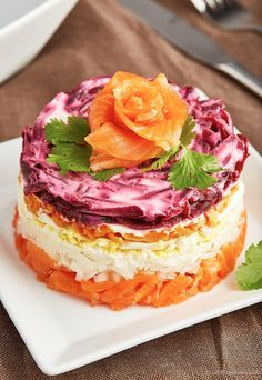 This healthy paleo smoked salmon salad cake is easy to make and tastes as delicious as it looks.
