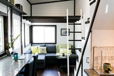 not-your-average-tiny-house-4.jpg (1024×683)