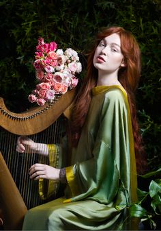 Donna Stevens - Recreating Dante Gabriel Rossetti #1. Paintings in the modern day portrait medium.