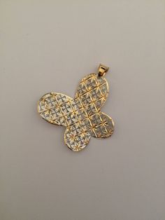 Butterfly shaped pendant in white and yellow 18k gold. di Meljewelry1908 su Etsy