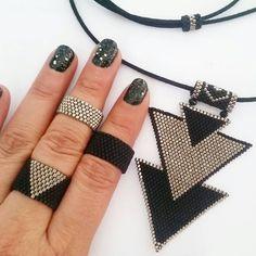 Silver-black miyuki delica beaded rings and necklace Insprinational beadwork
