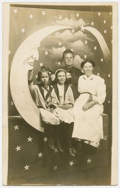 Paper Moon and Girls