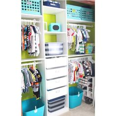 So organized, so functional, and to top it off the colors make this closet look adorable!
