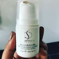 Love this @organicspa_skin #organicspa #beautybalm for my weekends off when you want to go out with a brightened complexion without a full face of makeup. Perfect weather for a facial book in today or tomorrow spaces available.