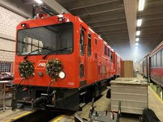 SWITZERLAND: Appenzeller Bahnen has taken delivery of two Stadler Gem electro-diesel locomotives for use on its infrastructure maintenance trains. Swiss Railways, Light Rail, Rolling Stock, Diesel Locomotive, This Is Us, Train, Building, News, Google