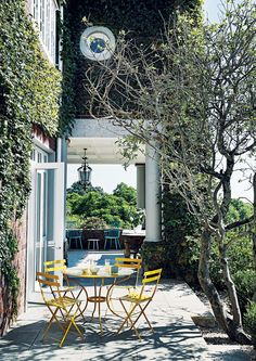 Exploring a Heritage Home on Joburg's Westcliff Ridge designed by Jvr Architects & Interiors Fresco, Dark Color Palette, Interior Design Process, Cottage Floor Plans, Space Frame, Outdoor Living, Outdoor Decor, Brutalist, Yellow