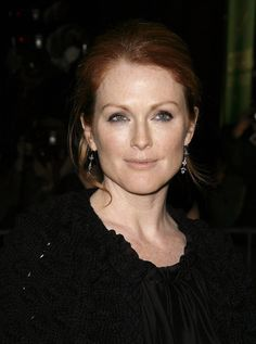 Julianne Moore by Jim Spellman Julianne Moore, Julie Ann, Whale Art, Roy Rogers, Alain Delon, Jennifer Connelly, Mariska Hargitay, Gillian Anderson, Oscar Winners