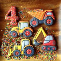 Cookie Recipes For Kids, Holiday Cookie Recipes, Cookies For Kids, Holiday Cookies, Car Cookies, Fancy Cookies, Cookies Et Biscuits, Tractor Cookies, New Birthday Cake