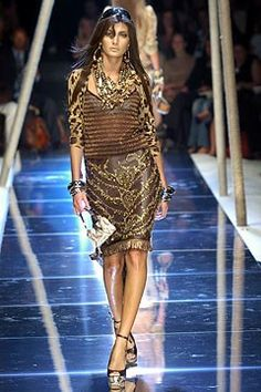 Dolce & Gabbana Spring 2005 Ready-to-Wear Fashion Show - Giovanna