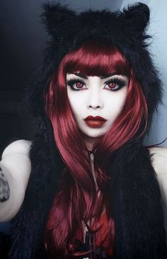 Interesting Hairdressing Tips You Should Use – Hair Wonders Goth Beauty, Dark Beauty, Gothic Girls, Dark Fashion, Gothic Fashion, Red Wigs, Victorian Goth, Alternative Girls, Redheads