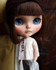 "64 Likes, 8 Comments - Alonso Stella (@malonsito1) on Instagram: ""Junie Love #blythe #blythecustom #customblythe #mformonkey #love #cute #sweet #beautiful #litachan…"""