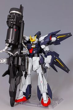 GUNDAM GUY: HG 1/144 Lightning Gundam Sisquiede - Custom Build
