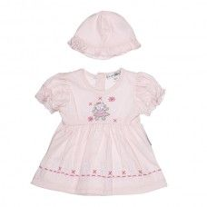 Pink Girls Dress - Adorable in sizes up to 9 months.   Pink baby dress with Kitty on the front. Perfect for the summer and complete with a hat!   On sale at only £3.00 BARGAIN!