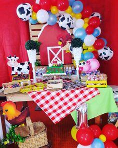 Cowboy Birthday Party, Farm Animal Birthday, First Birthday Party Themes, Baby Girl 1st Birthday, 1st Birthday Girls, Cookie Monster Party, Farm Party, Farm Theme, First Birthdays