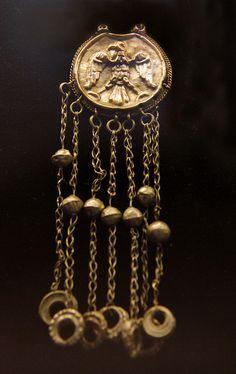 Jewellery, Hungarian, 12-13c    @ Hungarian National Museum