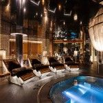 Discover Top 10 Chalets With Most Amazing Hot Tubs Outdoors on Alps, Europe's Largest Mountain Area http://shar.es/Ojmmq