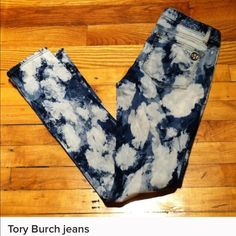 """Tory Burch Tie-Dye Super Skinny Jeans Tory Burch Skinny JeansExcellent ConditionSize 27Bohemian Chic Style Inseam 32.5""""98% Cotton/2%Spandex Tory Burch Jeans Skinny"""