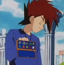 There is way more than eight badges in anime Kanto. Take a closer look at his badges. Only the first three are familiar. And if you look other kanto trainer's badges in the anime, you'll see that they are all different. Pikachu, O Pokemon, Pokemon Memes, Pokemon Funny, Pokemon Comics, Pokemon Stuff, Pokemon Pictures, Funny Pictures, Photo Pokémon