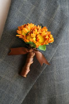 Suggested casual boutonniere