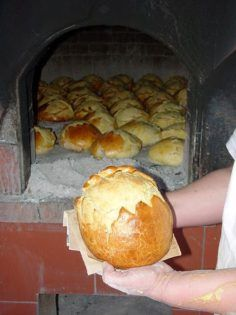 Portuguese Desserts, Food Wishes, How To Make Toys, Pan Dulce, Bread Baking, Afternoon Tea, Muffin, Breakfast, Sweet