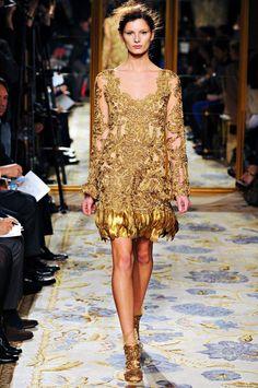 marchesa-rtw-fw2012 gold