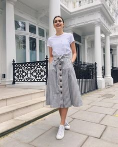 Gorgeous 49 Best Modest Summer Outfits Ideas That Looks Cool Source by outfitscial outfits modest Modest Summer Outfits, Casual Skirt Outfits, Mode Outfits, Spring Outfits, Dress Outfits, Maxi Dresses, Casual Summer, Hijab Casual, Summer Skirts