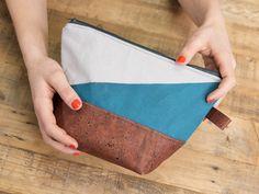 DIY-Anleitung: Kosmetiktasche aus Kork und gefärbtem Stoff nähen via DaWanda.com